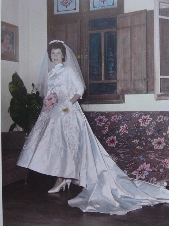 Maria Cecília Astolfi - Vestido de noiva confeccionado por Silvia Zanetti.
