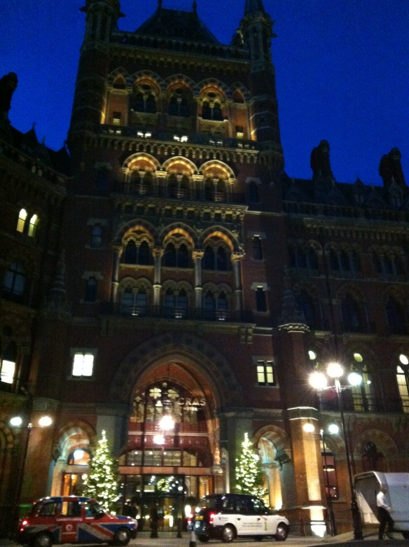 20121129 03 King's Cross St. Pancras station