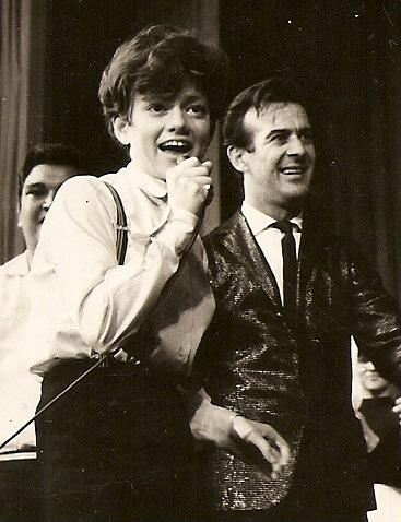 Rita Pavone e Antonio Aguillar no programa Reino da Juventude da TV Record em 1964