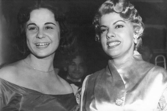 Antonio Aguillar tirou a foto de Wilma Bentivegna e Ninon Sevilha