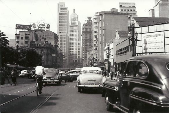 Avenida São João em 1954 Foto: Antonio Aguillar, para o Jornal O Estadão