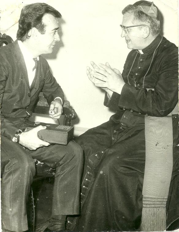 Aguillar com o Cardeal Arcebispo de São Paulo, Dom Agnello Rossi
