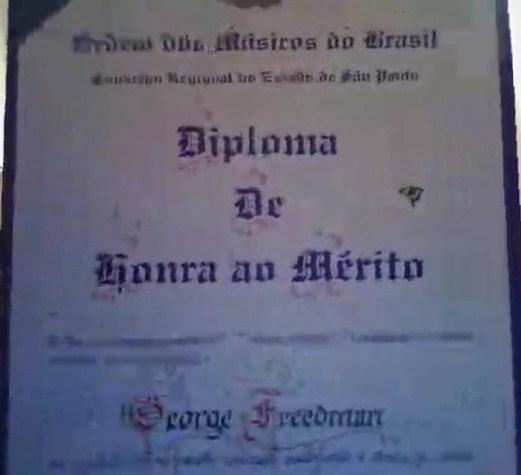 George Freedman recebe diploma de honra ao mérito (3)