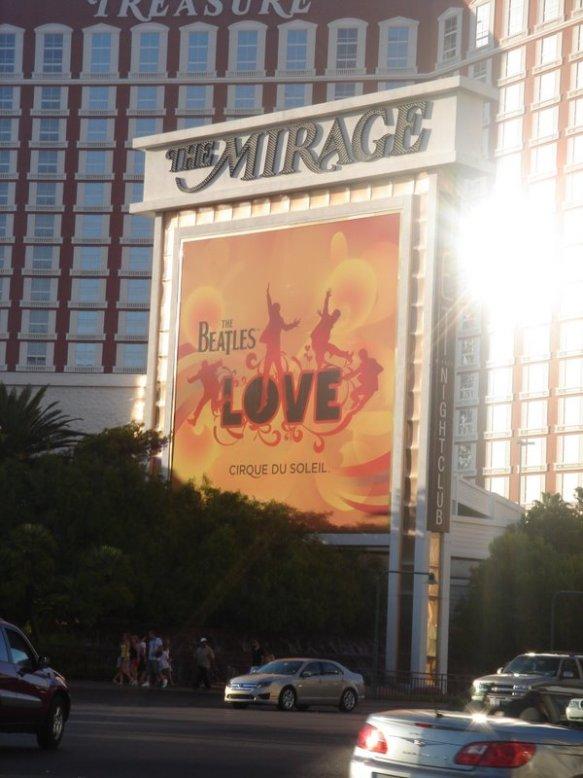 Love - Hotel Mirage