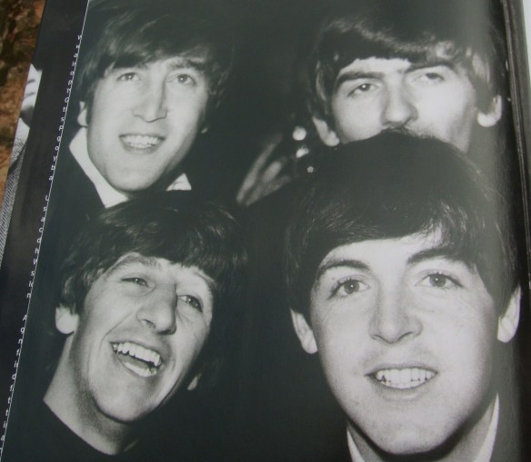 A História dos Beatles e o Natal 002