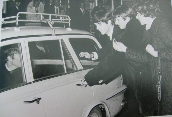 A História dos Beatles e o Natal 006