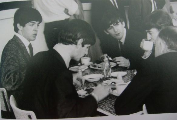 A História dos Beatles e o Natal 007