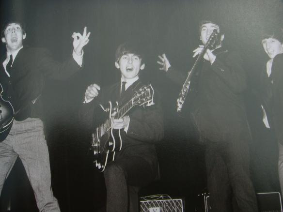A História dos Beatles e o Natal 008