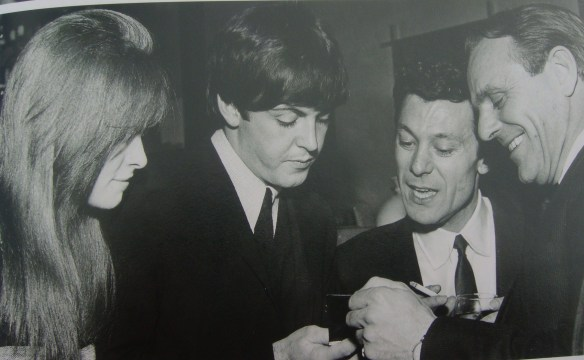 A História dos Beatles e o Natal 018