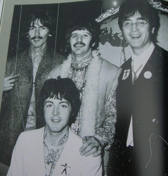 A História dos Beatles e o Natal 047
