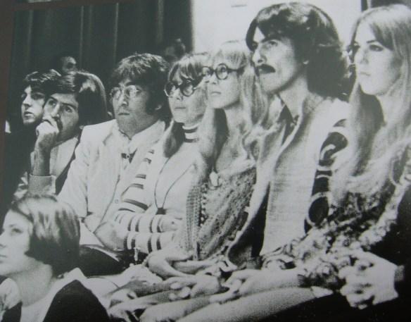 A História dos Beatles e o Natal 050
