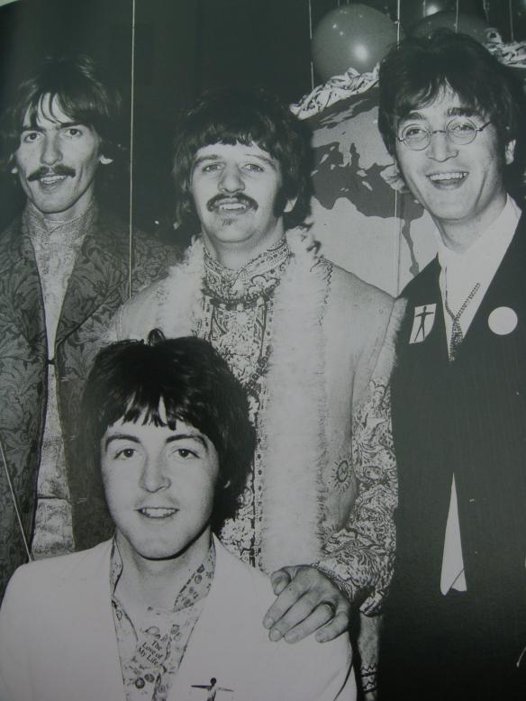 A História dos Beatles e o Natal 075