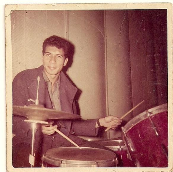 Foto do acervo do baterista Romir, durante a gravação do LP de Celia Vilela  no estudio da RCA para MUSIDISC - anos 60