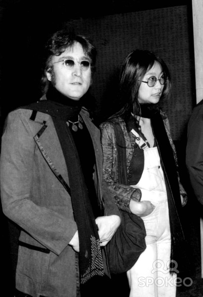 John Lennon e May Pang - 24-03-1974