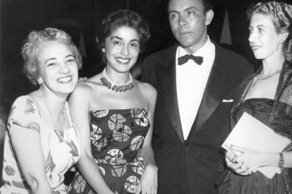 Milton Ribeiro, sua esposa e Carmen Prudente
