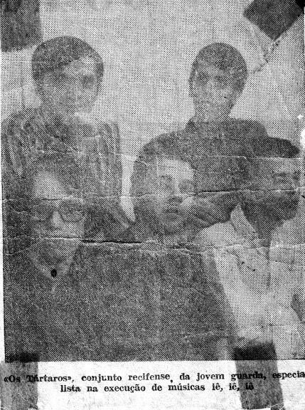 Os tártaros - foto de jornal