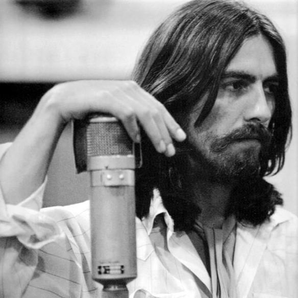 George em preto e branco