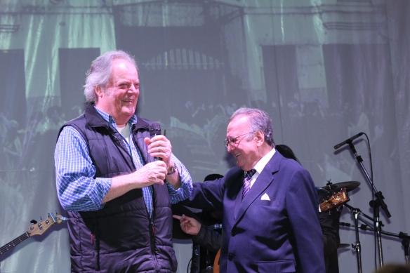 Show 50 anos JG - George Freedman Aguillar no palco Homs 1
