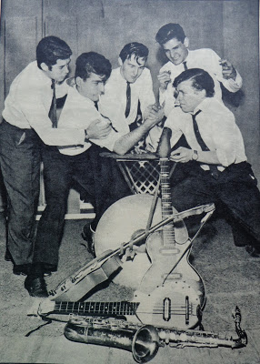 The Clevers in late 1965 just a few weeks before Neno 1st man from left to right - left the band for The Jordans