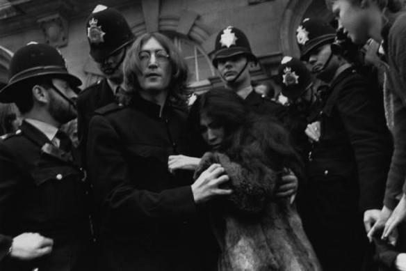 John e Yoko presos 1