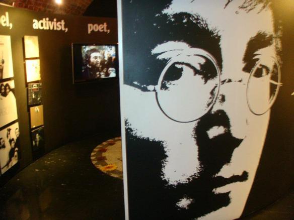 Foto feita por mim dentro do Museu The Beatles Story em Liverpool - Jan/2012