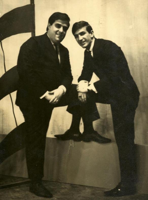 Tony e Vitor - Os Diferentes