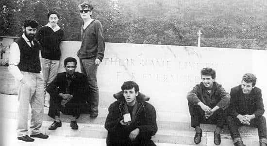 A caminho de Hamburgo em 1960, eles pararam em Arnhem na, depois de terem seguido um caminho errado. Lá, Williams, sua esposa Beryl, Lord Woodbine, Stuart Sutcliffe, Paul McCartney, George Harrison e Pete Best foram fotografados no memorial da guerra, possivelmente por John Lennon. Eles ainda passaram algum tempo circulando pela cidade.